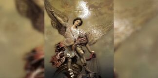 Archangel Michael Gives Courage Protects from Negative Energies