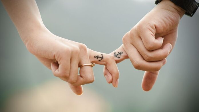 Best Ways To Keep Your Love Relationship Strong In